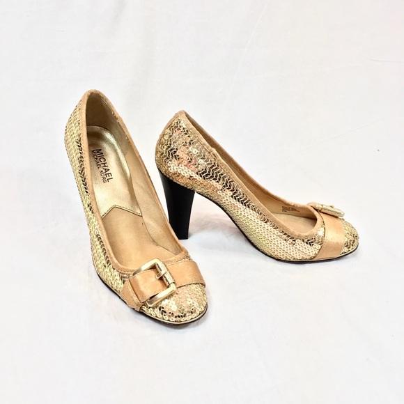 3e90c33723248 MK Gold Sequin Heels. M 5a5640352c705d44cd00b826